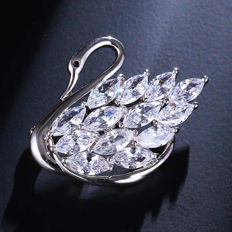 Moda Bella Silver Swan Spille Per Le Donne Monili Splendido Zircone Cristallo Costume Risvolto Animale Uccello Spilla Spille Distintivo Broszka