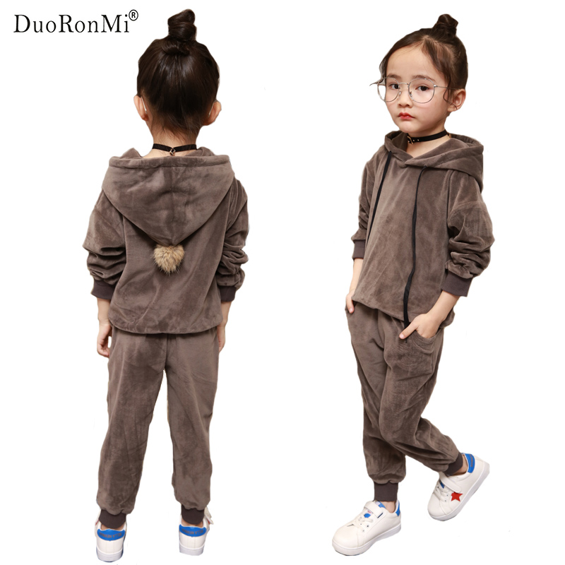 DuoRonMi 2017 New Spring Baby Boys Girls Thin Velvet Clothes Suit Hoodies +pants 2PCS Set Child Kids Casual Clothing Suits stylish portable mp3 music speaker with fm radio sd slot usb host multi color led black