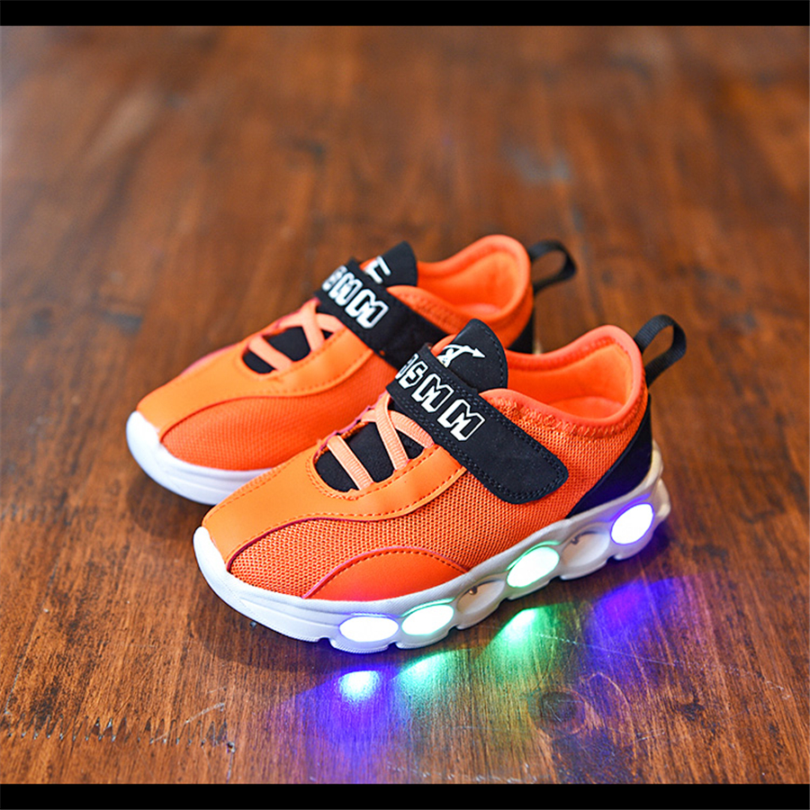 2017 Fashion Led Shoes For Kids Boys Girls Luminous Shines Breathable Spring Led Kids Sneakers Sport Children Shoes Boys 50Z0070 new hot sale children shoes pu leather comfortable breathable running shoes kids led luminous sneakers girls white black pink