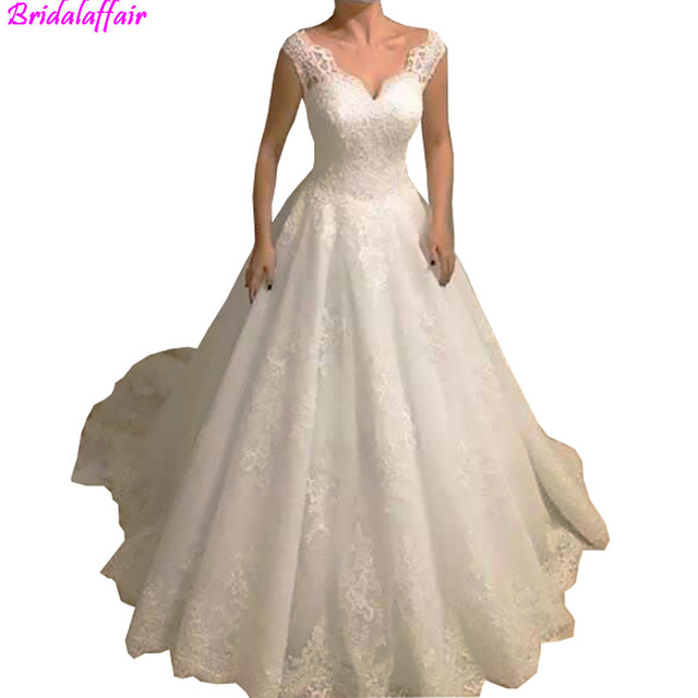 2019 Elegant A-Line Appliques Wedding Dresses V Neck Open Back With Lace Up  For Bridal Customized Long Tulle Bridal Gowns 0f2b9d7b30df