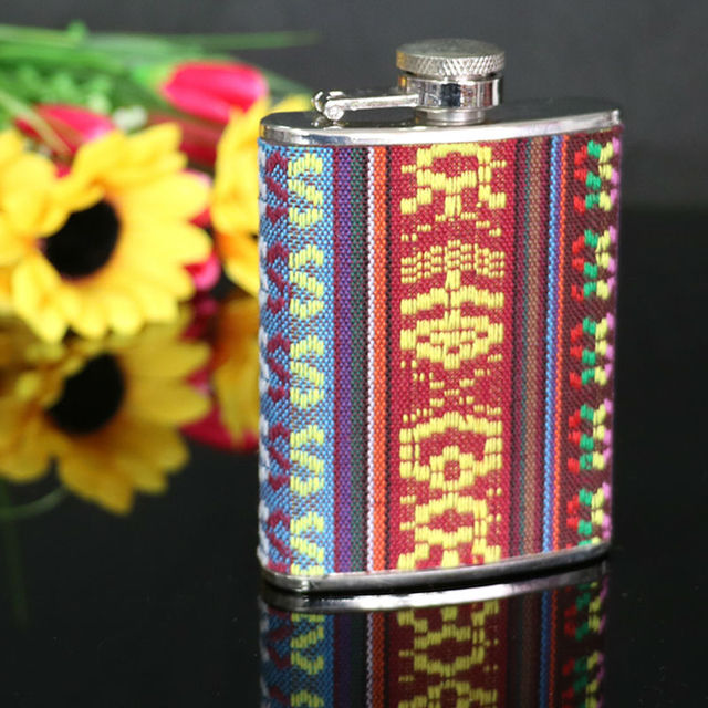 Portable Stainless Steel 3oz Embroidery Hip Flask Liquor Alcohol Drink Whiskey Wine flagon Pot Bottle Wedding Gift