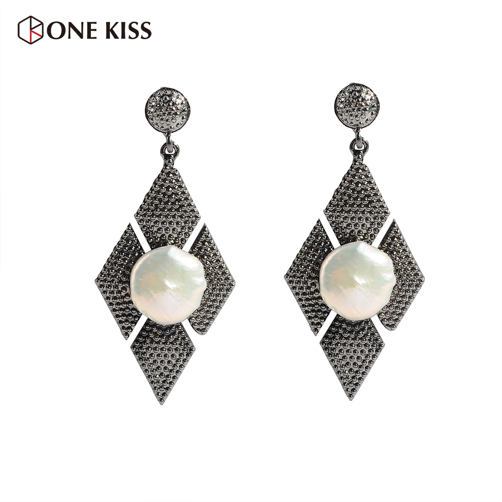 2018 Vintage Metal Dangle Earrings For Women Large Pearl Earrings Indian Carved Ancient Silver Drop Earrings Oorbellen Jewelry
