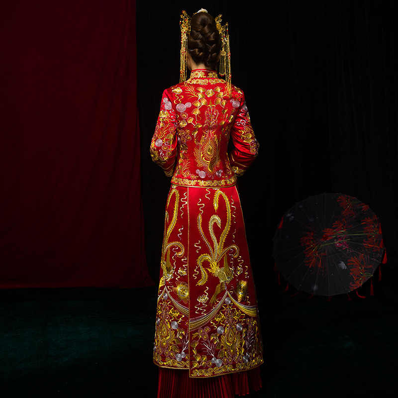 Vintage Red Bride Marry Dress Ancient embroidered Flower royal palace costume Traditional Chinese Women Wedding Cheongsam