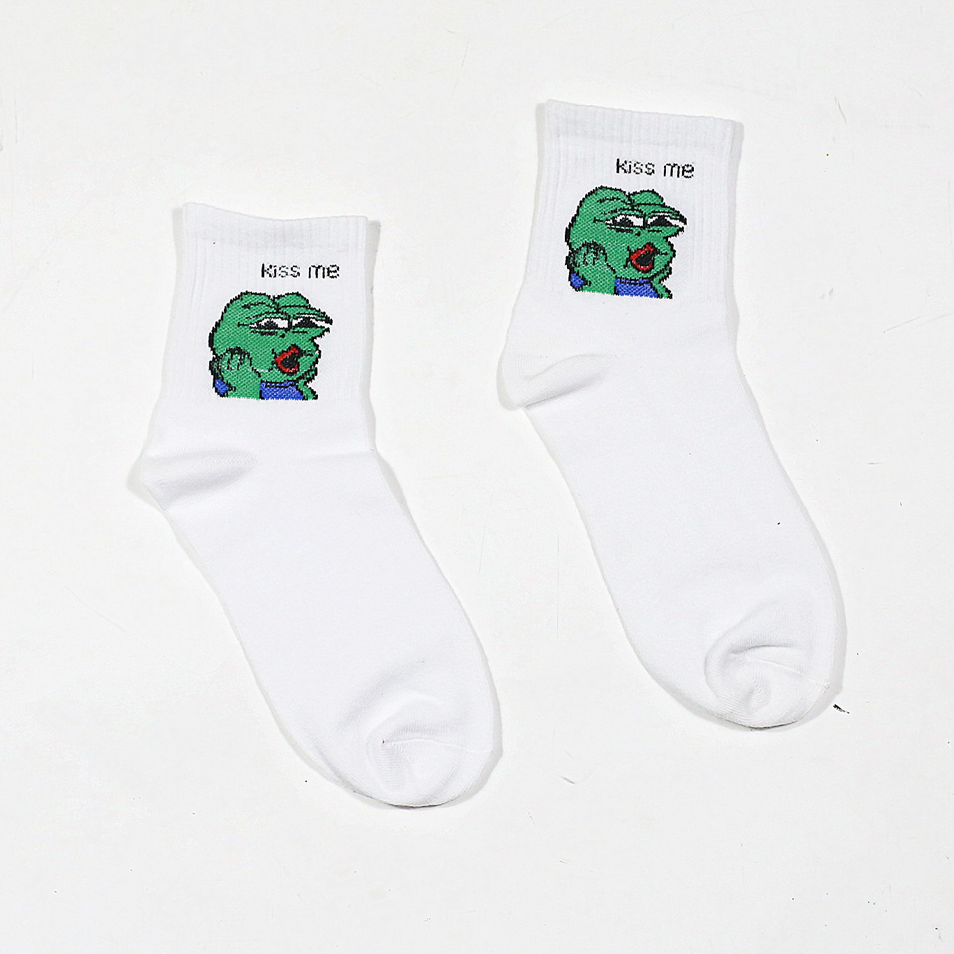The new cartoon socks funny frog fries ice cream pattern classic tube lovers socks skateboard Harajuku style socks