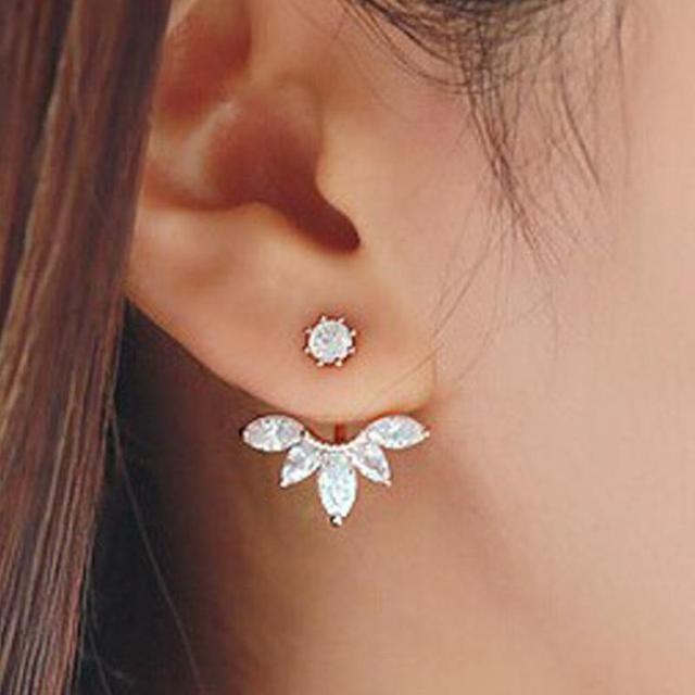 The New Fashion Crystal Earrings Statement Jewelry Horse Eye Blossom Daisy Upper And Lower Sections