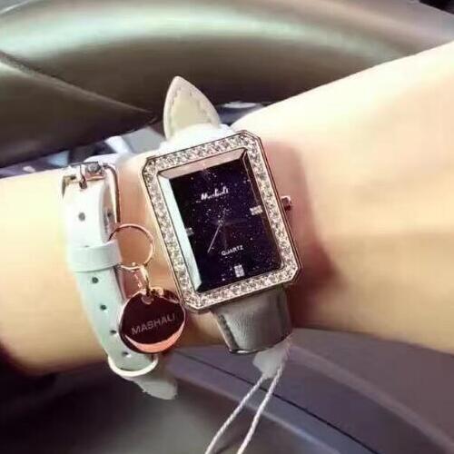 2018 New Style High Quality Women Watch Luxury 2 pieces-set Lady Wristwatch Dress Watch Female Genuine Leather Rhinestone Clocks цена и фото
