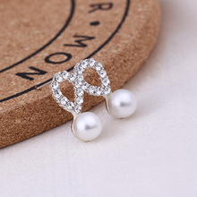 Recommend Cute Exquisite Simlated Pearl Crystal Stud Earring Butterfly Snowflake Star Triangle Crown Shape Bijoux Brinco