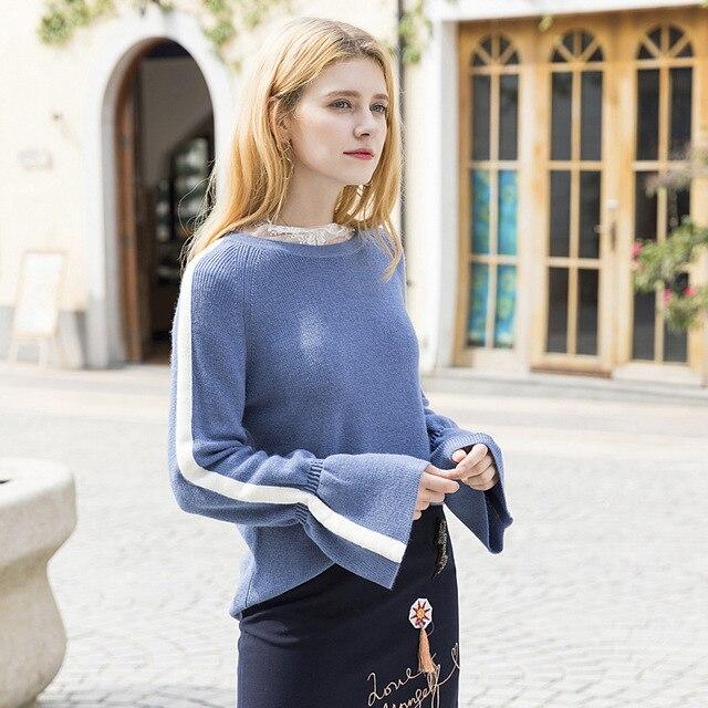 64eb63019 2018 Outono Inverno Mulheres Camisolas Trompete Manga camisola de Malha  gola redonda Senhora Azul bonitas camisas