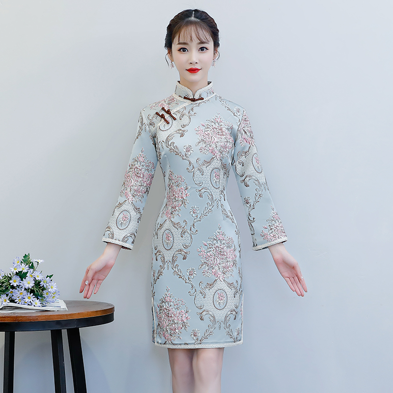 2018 automne court Cheongsam Vintage style chinois Mini robe mode femmes Polyester Qipao Slim robes de soirée bouton Vestido