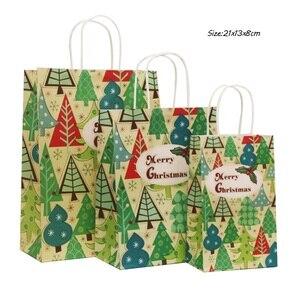 Image 2 - 40 Stks/partij 21X13X8Cm Kerst Papieren Zak Met Handvatten Decoratie Papieren Zak Cadeau Voor Kerst Event party Mooie Schattige Papieren Zakken