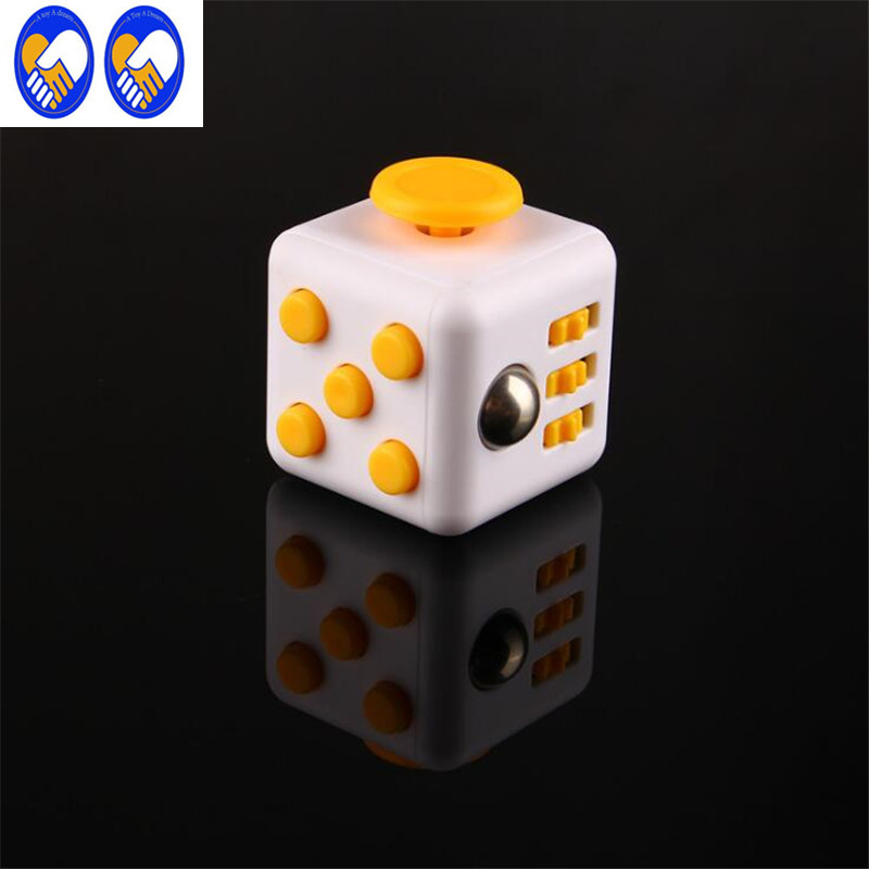 Hand Spinner Fidgeted Cube With Button Anti Irritability Toy Stress Relief for Adults and Children 12 Fidgetes Vinyl Desk Toy