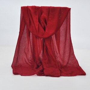 Image 4 - 20 لون 2019 جديد الشتاء النساء أسود البحرية بلون مسلم الحجاب لامع بريق وشاح التفاف الإناث 90 سنتيمتر * 180 سنتيمتر