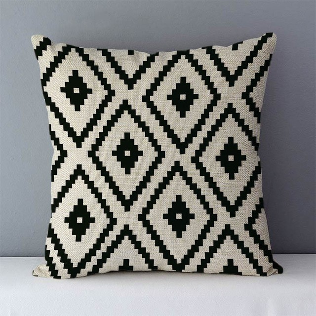 Cushion covers with geometric graphics
