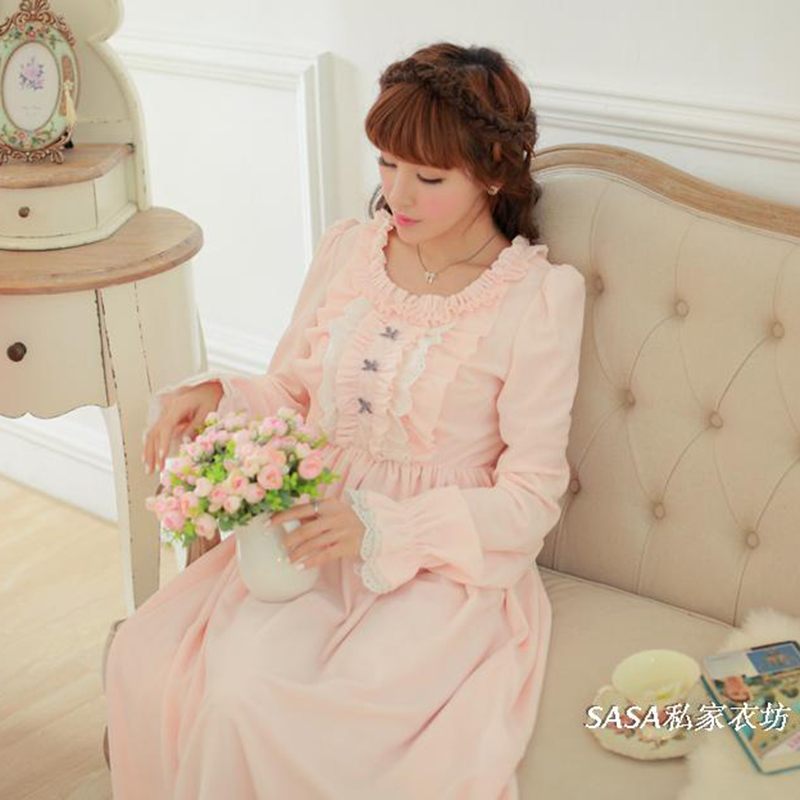 Winter Vintage Princess Sleeping Dress Long-Sleeved Women Sleepwear Warm Crystal Velvet Long Nightgowns Female SA16006