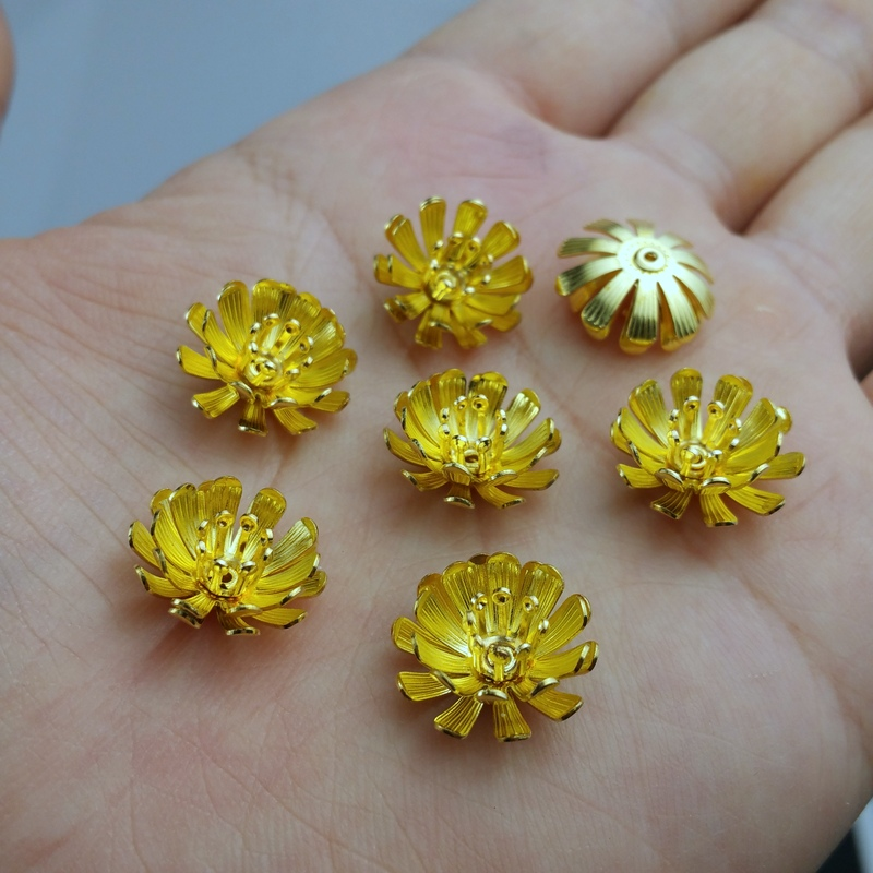 10pcs/lot 15mm brass color filigree flower for earring Hand chain brooch accessories Jewelry DIY Components handmade