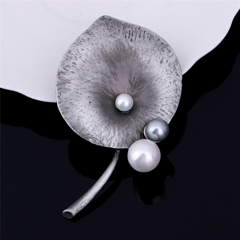 ADOLPH Star Jewelry Simulated Pearl Leaf Brooch Pins For Woman Clothers Dress Bride Broochs Fashion Accessories Female New