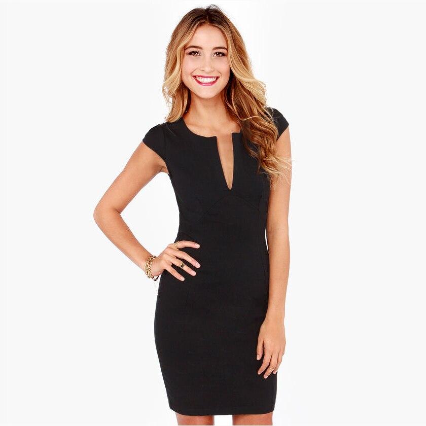 Модели черного платья фото принимали