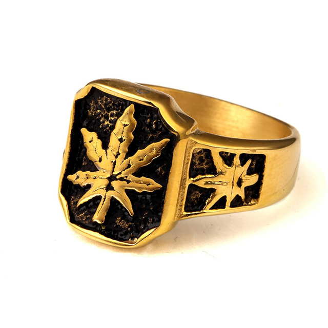 Men s Sport High Polish Gold Toronto Maple Leafs Ring Gold Color Stainless  Steel Hemp Leaf Hip Hop Ring Vintage Punk Ring 4751f8e4d058