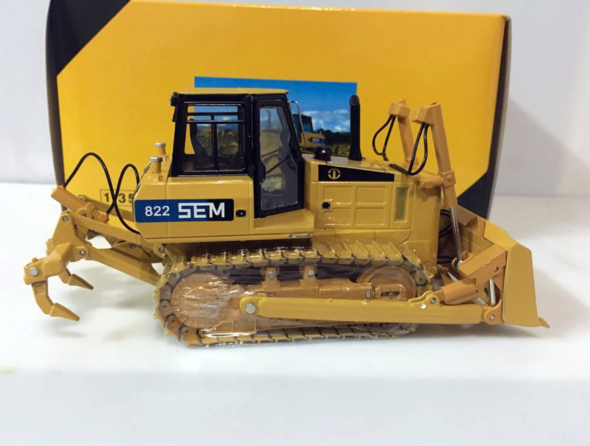 SG scale Model Caterpillar SEM 822 Bulldozer 1/35 Scale Die-Cast цена