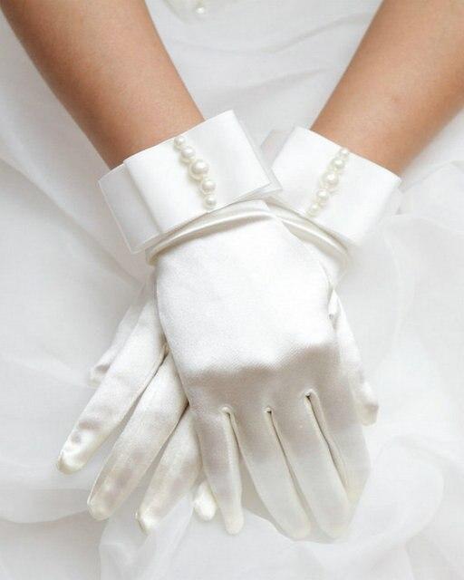 Curto Luvas de Casamento de Pulso Comprimento do Dedo Luvas de Noiva Barato 2017