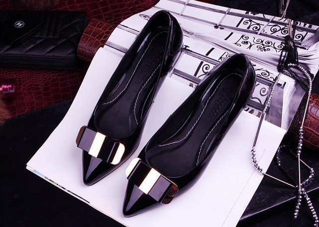 2015 spring and autumn shoes pointed flat with princess Patent leather flat shoes Bow small shoes Wear small shoes