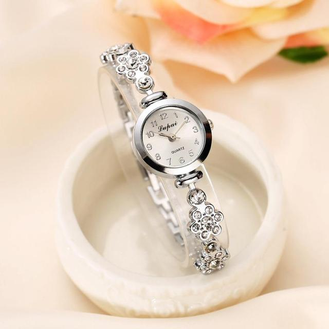 Women's Luxury Quartz Bracelet Watches