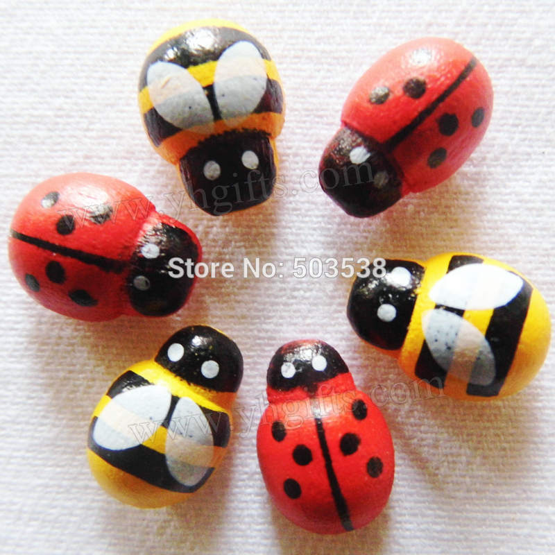 200PCS/LOT,wood yellow bee & red ladybug stickers,Kids toys,Early educational DIY.Kindergarten crafts.Classic toys.13x9mm