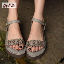 2016 Summer new arrival flower genuine leather women sandals comfortable flat hasp open toe women shoes