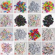Плоские бусины в форме сердца 7 мм, разноцветные акриловые бусины с буквами для рукоделия, модные ювелирные изделия, браслеты ручной работы, 100 шт, 30 стилей