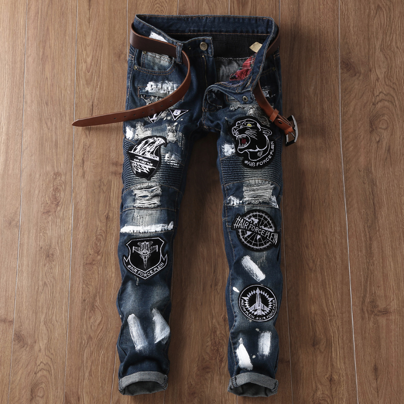 ФОТО Personality Badge Ink Patchwork Straight Trousers Men Ripped Jeans Male Biker Jeans Hole Denim Slim Fit Casual Large Size Pants
