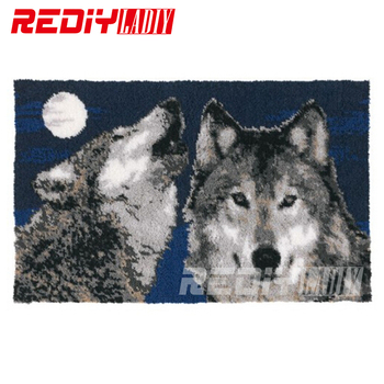 DIY Latch Hook Rug Kits Unfinished Crocheting Tapestry Yarn Needlework Cushion Sets for Embroidery Carpet Wolves with Moon Mat