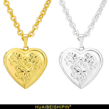 цена Photo Frame Memory Locket Pendant Necklace Silver/Gold Color Pendant Women Romantic Love Heart Vintage Rose Flower Jewelry Gift