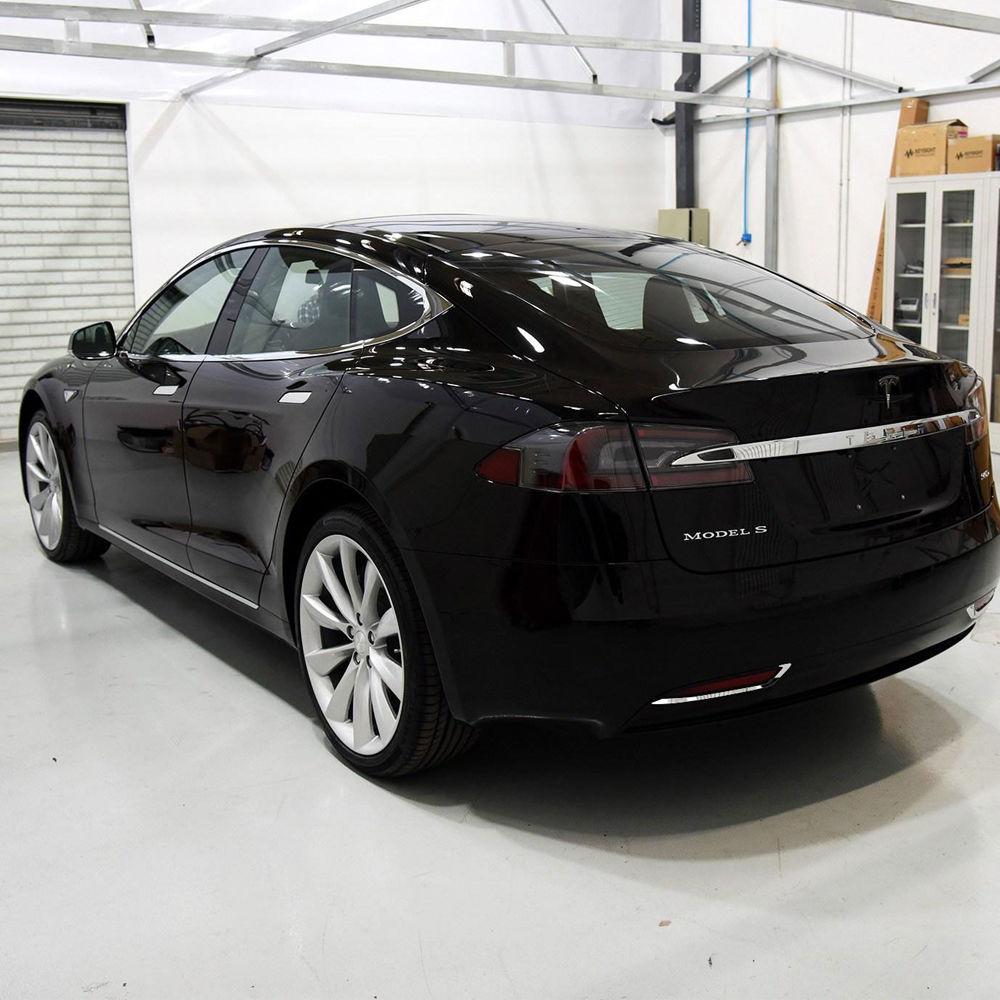 SUS304 Luces traseras de acero inoxidable Luces traseras Cubierta de guarnición Accesorios de ajuste para Tesla Modelo S 2012-2016