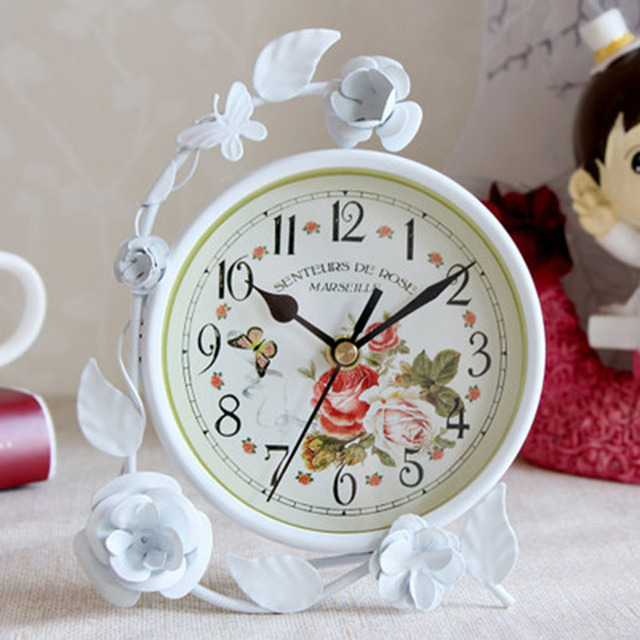 European Style with Flower Silent Simple Needle Clock Household Rustic Desktop Creative Clock for Living Room Bedroom Decoration