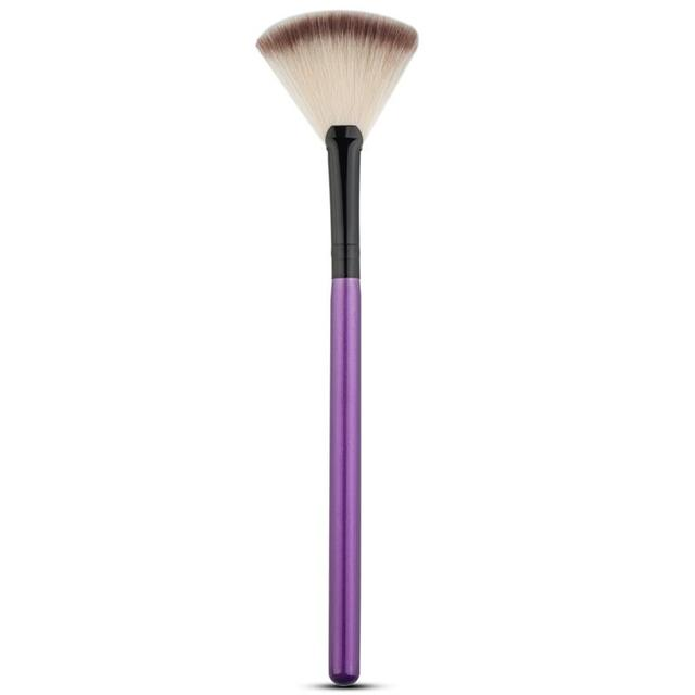 Cosmetic Tools Accessories Fan Shape Makeup Brush Highlighter Face Powder Brush 1 Pcs For Face Make Up 2