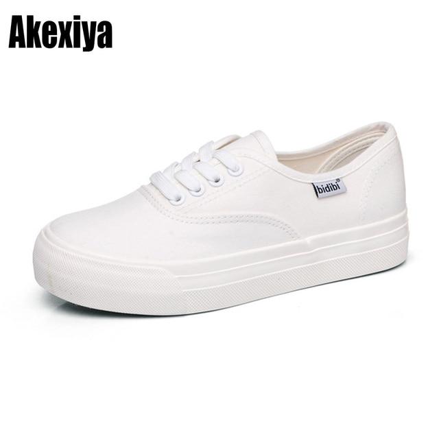 Kanvas ayakkabılar Rahat Platform vulkanize ayakkabı Sneakers Düz Ağız Ilkbahar Sonbahar Yüksek Kaliteli Moda beyaz siyah boyutu 35-40