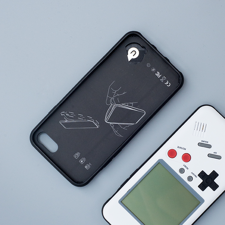 iphone Case With Playable Retro Nintendo Gameboy