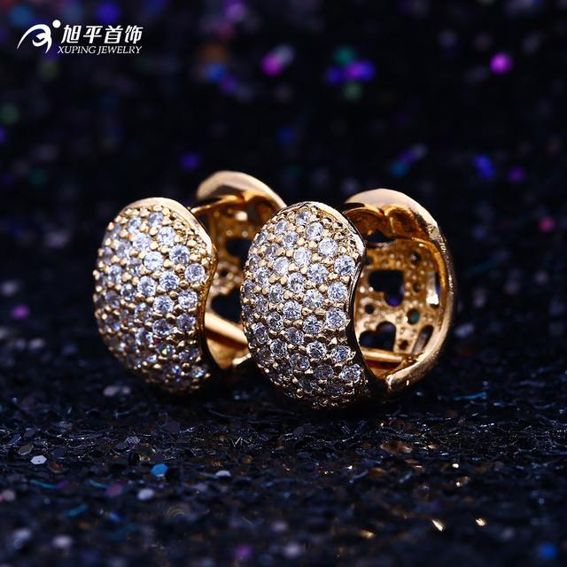 Joyas de oro pendientes de aro pendientes del oído retro patrón femenino fábrica directa al por mayor lote mixto