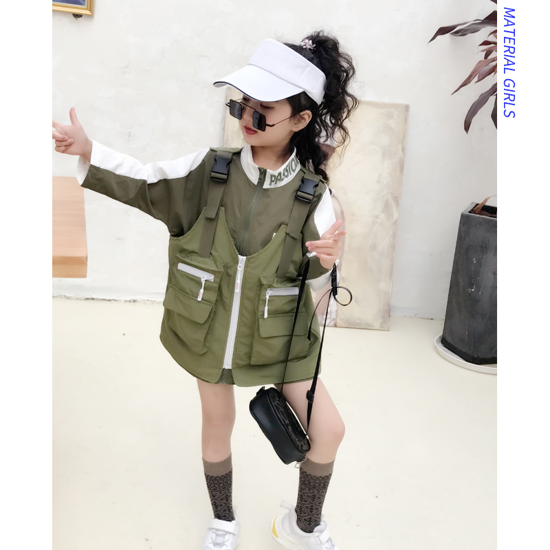 Childrens clothes cotton long-sleeved collar tooling vest vest two-piece autumn and winter new boys and girls fashion suitChildrens clothes cotton long-sleeved collar tooling vest vest two-piece autumn and winter new boys and girls fashion suit