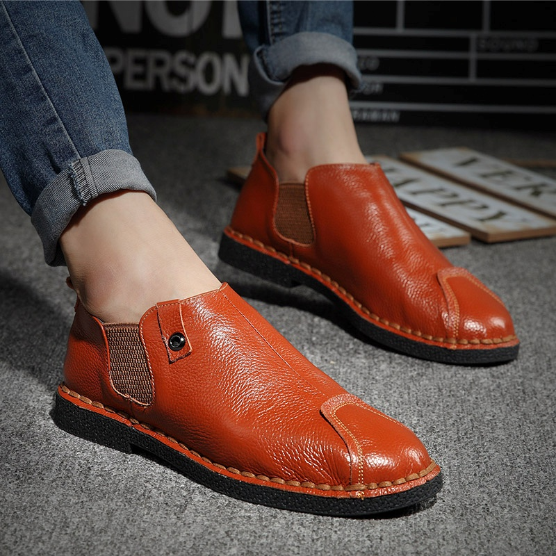 96b056272c4 Nice New Genuine Leather Shoes Men Warm Winter Men Shoes Fashion Autumn Men  Casual Shoes High Quality Dress Shoes Men Loafers-in Men s Casual Shoes  from ...