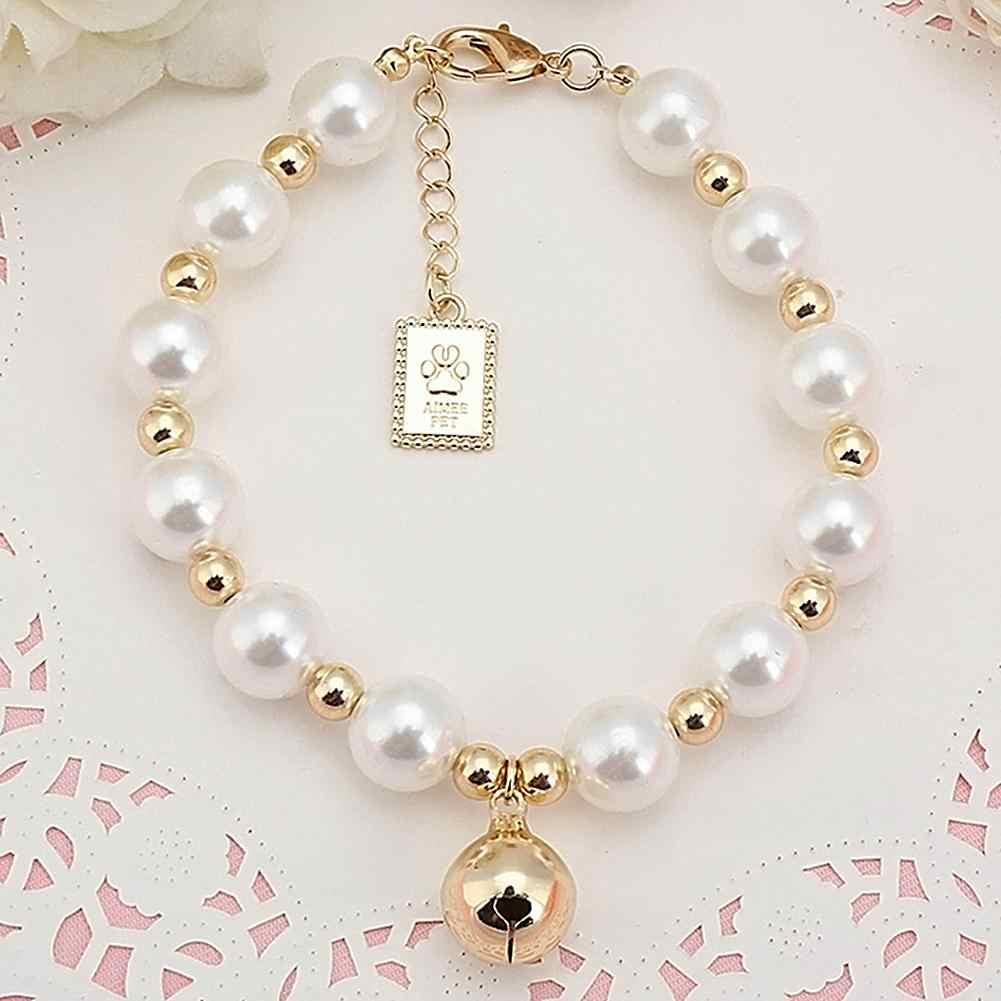 Collier de chien mode collier de perles avec petite cloche en or pour animaux de compagnie perle collier collier collier accessoires pour chiens fournitures produits pour animaux de compagnie
