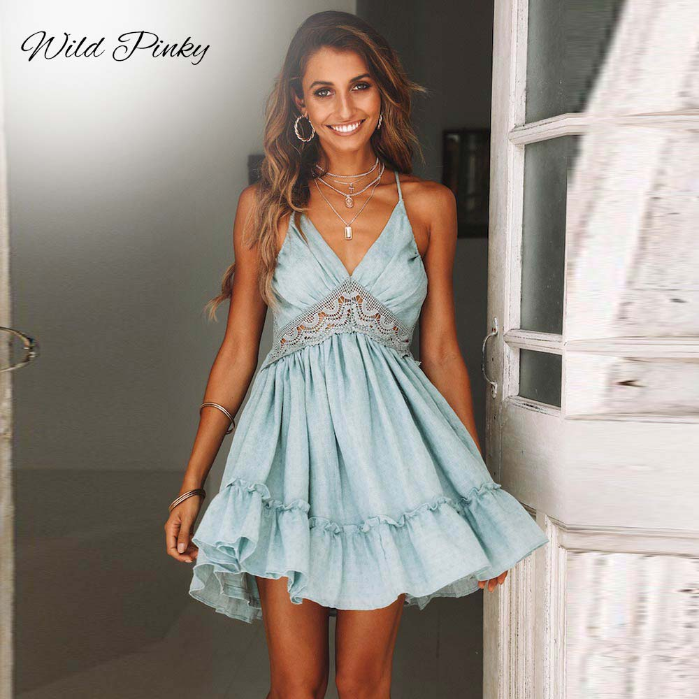 WildPinky Women Dresses New 2019 Summer Lace Sexy Club Spaghetti Strap Backless Party Dress Elegant Bohemian Beach Sundress