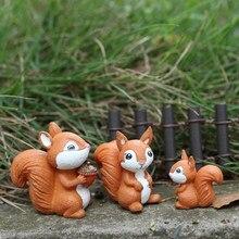 Diyの装飾マイクロ風景妖精ガーデンリトルモデル家の装飾リス置物ミニチュア動物リス置物