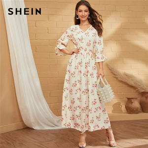 Image 1 - SHEIN Wit V hals Bloemenprint EEN Lijn Boho Lange Jurk Vrouwen Vakantie Herfst Flounce Mouw Ruches Flared Elegante Maxi jurken