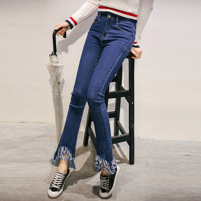 The new spring and summer 2016 Korean female jeans high elastic bellbottom pants nine slim tassel