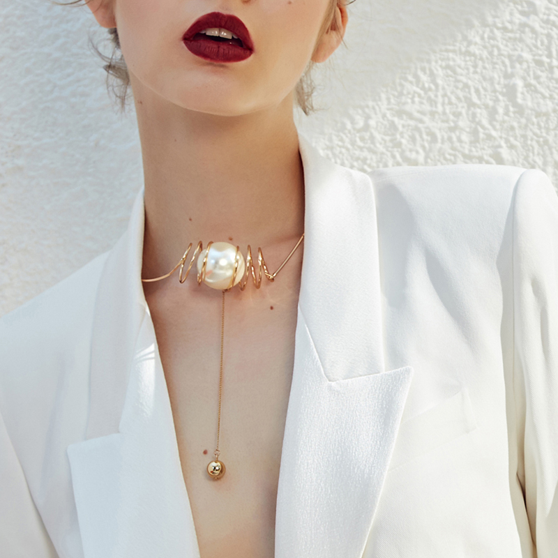 Hyperbole Necklace Gold Color Chain Oversized pearls Pendant Necklaces Women Choker Necklace JewelryHyperbole Necklace Gold Color Chain Oversized pearls Pendant Necklaces Women Choker Necklace Jewelry
