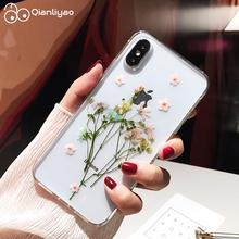 Qianliyao suszone prawdziwy kwiat etui na iphone #8217 a X XS Max XR etui ręcznie miękkie etui na iPhone 6 6S 7 8 Plus 11 Pro Max etui na telefon tanie tanio Aneks Skrzynki Floral Śliczne Wzorzyste Przezroczysty Dried Real Flower Cases Anti-knock Odporna na brud Apple iphone ów