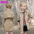 2017 new spring girl Children 's clothing outside girls fashionable windbreaker 100% cotton paragraph long - sleeved solid coat