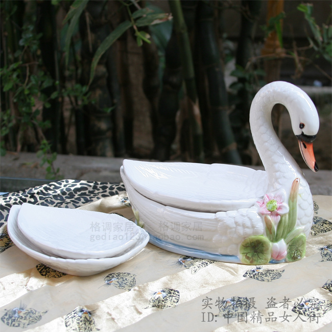 Buy ceramic swan fruit plate fashion snack plate decoration home accessories - Find porcelain accessory authentic ...