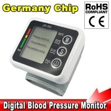 Cuidado de la salud Alemania Chip Automático Muñeca Monitor de Presión Arterial Digital Medidor para Medir Y el Pulso Tonómetro